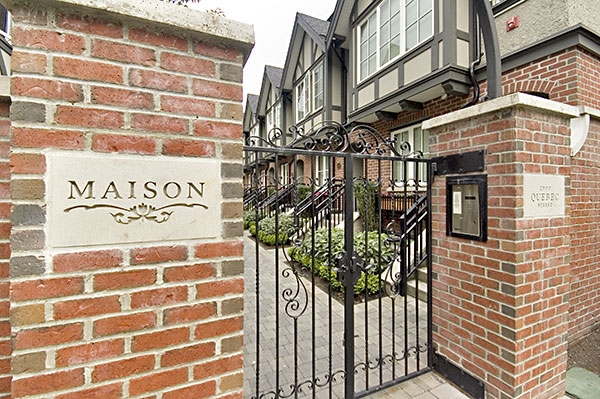 "Photo 3: 2628 QUEBEC Street in Vancouver: Mount Pleasant VE Townhouse for sale in ""MAISON LIVING"" (Vancouver East)  : MLS® # V720660"