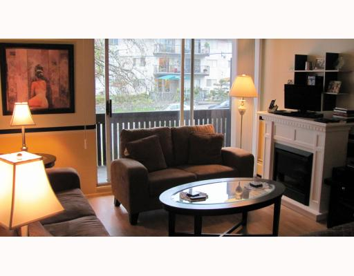 "Main Photo: 206 910 5TH Avenue in New Westminster: Uptown NW Condo for sale in ""GROSVENOR COURT"" : MLS® # V799355"