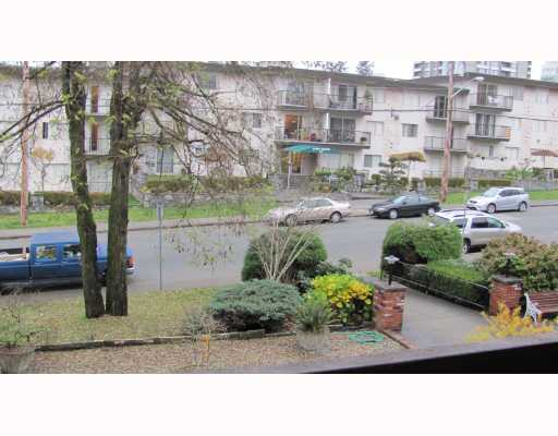 "Photo 7: 206 910 5TH Avenue in New Westminster: Uptown NW Condo for sale in ""GROSVENOR COURT"" : MLS® # V799355"