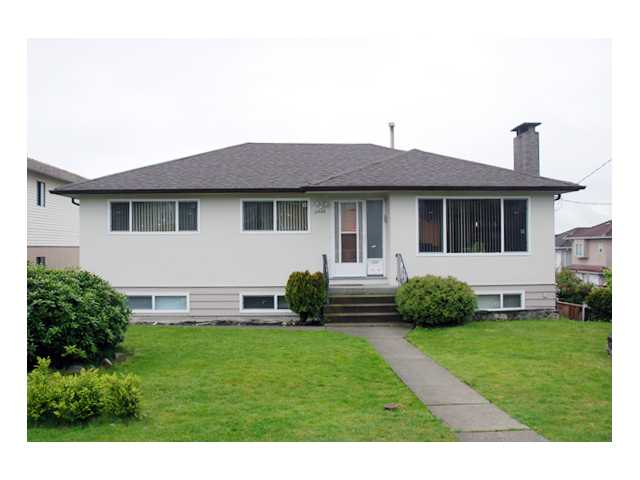 Main Photo: 5950 CLINTON Street in Burnaby: South Slope House for sale (Burnaby South)  : MLS® # V824171