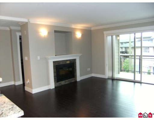 "Photo 2: 310 15368 17A Avenue in Surrey: King George Corridor Condo for sale in ""Ocean Wynde"" (South Surrey White Rock)  : MLS(r) # F2915306"