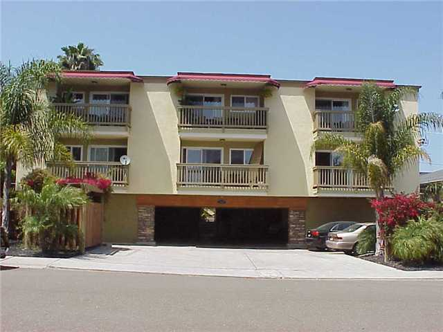 Main Photo: PACIFIC BEACH Condo for sale : 2 bedrooms : 1964 CHALCEDONY STREET #3