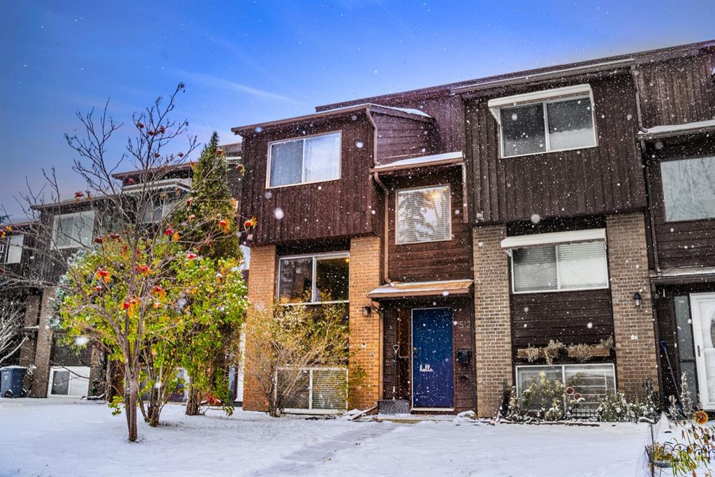 FEATURED LISTING: 1512 Ranchlands Way Northwest Calgary