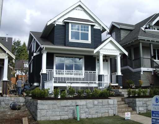 Main Photo: 222 E 27TH Street in North Vancouver: Upper Lonsdale House for sale : MLS® # V813015