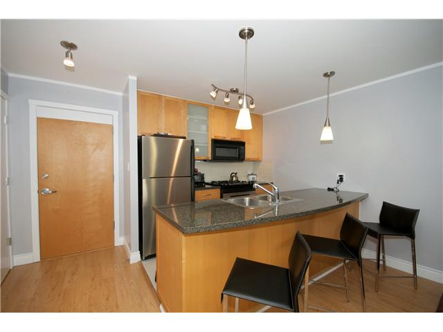 "Photo 2: Photos: 605 989 RICHARDS Street in Vancouver: Downtown VW Condo for sale in ""THE MONDRIAN"" (Vancouver West)  : MLS(r) # V833931"