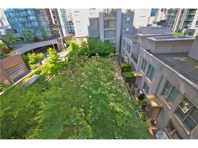 "Photo 9: Photos: 605 989 RICHARDS Street in Vancouver: Downtown VW Condo for sale in ""THE MONDRIAN"" (Vancouver West)  : MLS®# V833931"