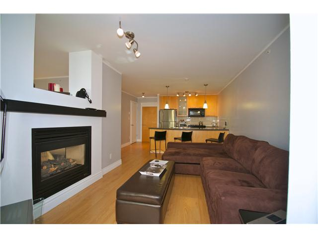 "Photo 4: Photos: 605 989 RICHARDS Street in Vancouver: Downtown VW Condo for sale in ""THE MONDRIAN"" (Vancouver West)  : MLS(r) # V833931"