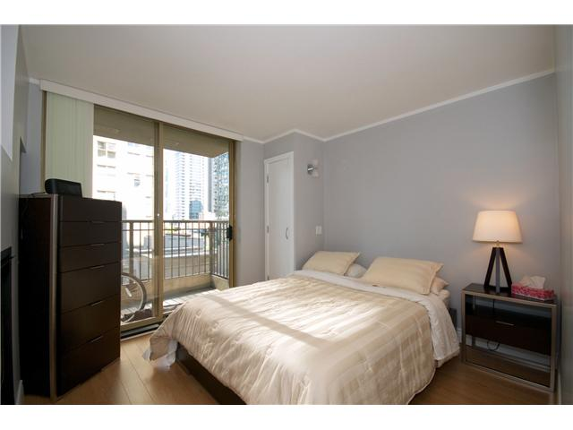 "Photo 8: Photos: 605 989 RICHARDS Street in Vancouver: Downtown VW Condo for sale in ""THE MONDRIAN"" (Vancouver West)  : MLS(r) # V833931"