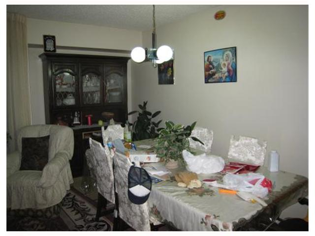 Photo 4: 1082 LONDON Street in WINNIPEG: East Kildonan Residential for sale (North East Winnipeg)  : MLS® # 2822657
