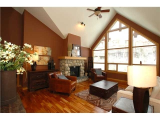 Main Photo: 405 701 Benchlands Trail: Canmore Condo for sale : MLS(r) # C3385737
