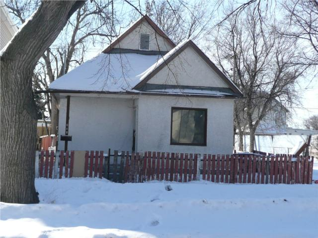 Main Photo: 640 Pritchard Avenue in WINNIPEG: North End Residential for sale (North West Winnipeg)  : MLS® # 1004650