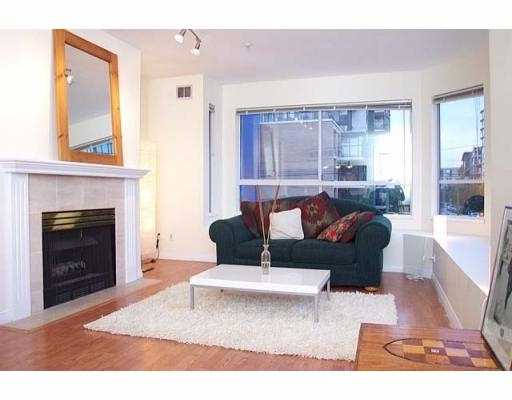 "Main Photo: 19 1388 W 6TH AV in Vancouver: Fairview VW Condo for sale in ""NOTTINGHAM"" (Vancouver West)  : MLS® # V563826"