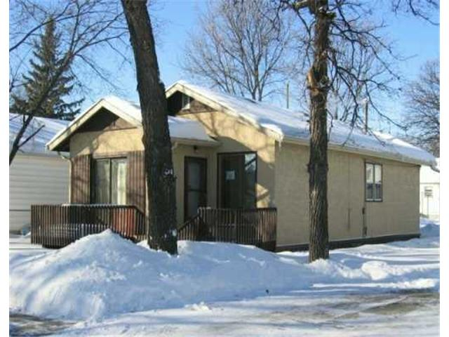 Main Photo: 59 BANK Avenue in WINNIPEG: St Vital Residential for sale (South East Winnipeg)  : MLS®# 2702005