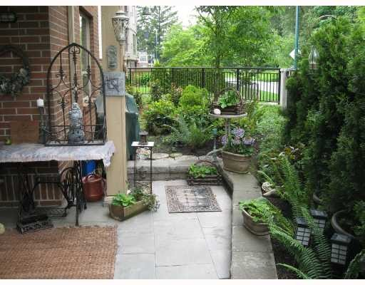 Main Photo: 104 2346 MCALLISTER Street in Port_Coquitlam: Central Pt Coquitlam Condo for sale (Port Coquitlam)  : MLS® # V757313
