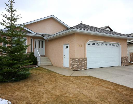 FEATURED LISTING: 216 WOODSIDE Crescent Northwest AIRDRIE