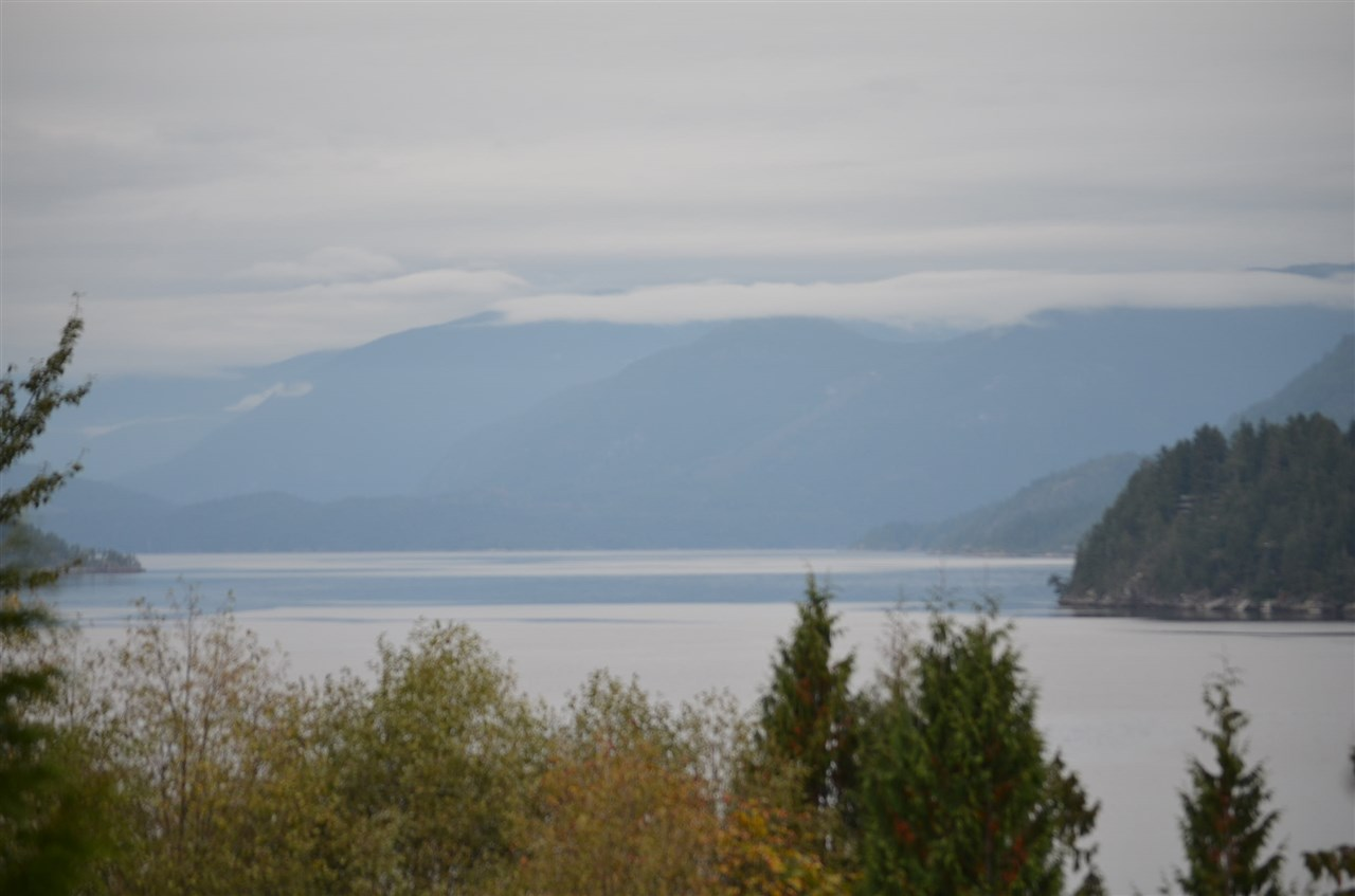 FEATURED LISTING: LOT 20 GALE Avenue North Sechelt
