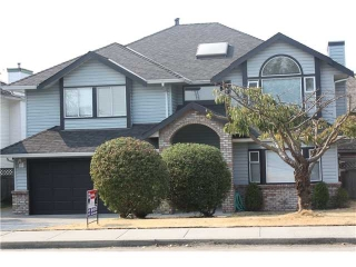 "Main Photo: 831 S DYKE Road in New Westminster: Queensborough House for sale in ""QUEENSBOROUGH ESTATES"" : MLS(r) # V844469"