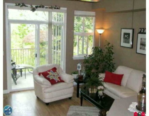"Photo 3: 95 35287 OLD YALE Road in Abbotsford: Abbotsford East Townhouse for sale in ""THE FALLS"" : MLS(r) # F2926351"