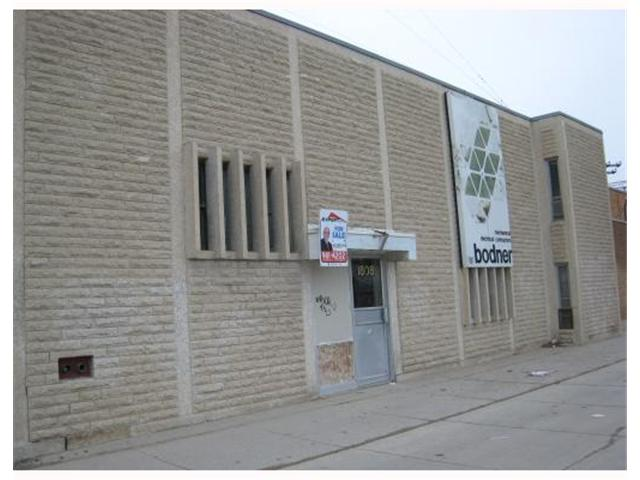Main Photo: 1808 MAIN Street in WINNIPEG: West Kildonan / Garden City Industrial / Commercial / Investment for sale (North West Winnipeg)  : MLS® # 2906583