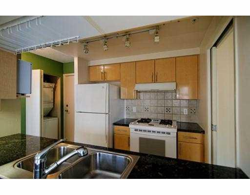 "Photo 2: 1602 193 AQUARIUS MEWS BB in Vancouver: False Creek North Condo for sale in ""193 AQUARIUS MEWS"" (Vancouver West)  : MLS(r) # V784836"