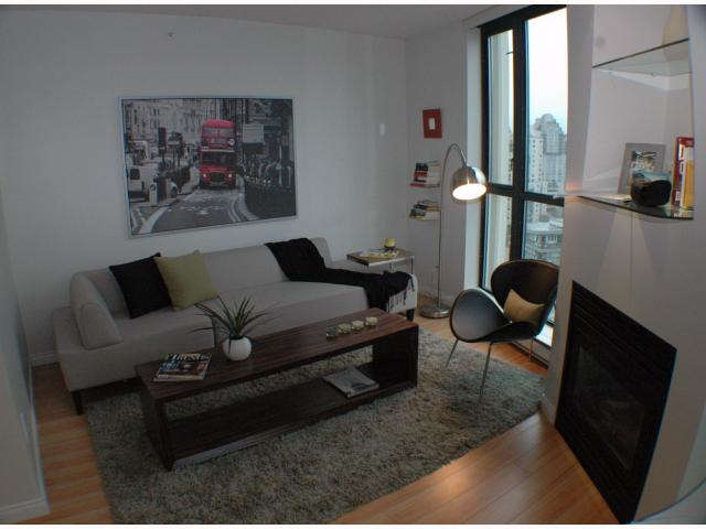 Photo 3: 2308 501 PACIFIC Street in Vancouver: Downtown VW Condo for sale (Vancouver West)  : MLS® # V815526