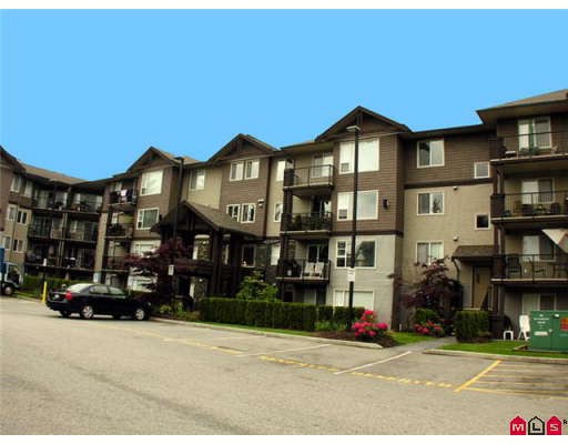 "Main Photo: 407 2581 LANGDON Street in Abbotsford: Abbotsford West Condo for sale in ""Cobblestone"" : MLS(r) # F2910866"