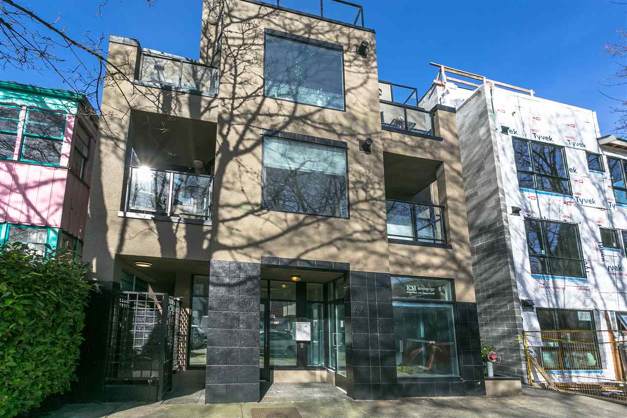 FEATURED LISTING: 204 - 3673 11TH Avenue West Vancouver