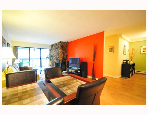 Photo 2: 304 1352 W 10TH Avenue in Vancouver: Fairview VW Condo for sale (Vancouver West)  : MLS® # V798631