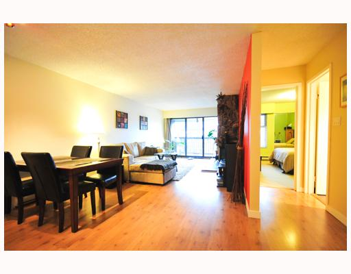 Main Photo: 304 1352 W 10TH Avenue in Vancouver: Fairview VW Condo for sale (Vancouver West)  : MLS® # V798631