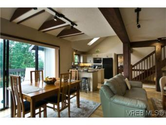 Photo 13: LUXURY REAL ESTATE FOR SALE IN DEAN PARK NORTH SAANICH, B.C. CANADA SOLD With Ann Watley