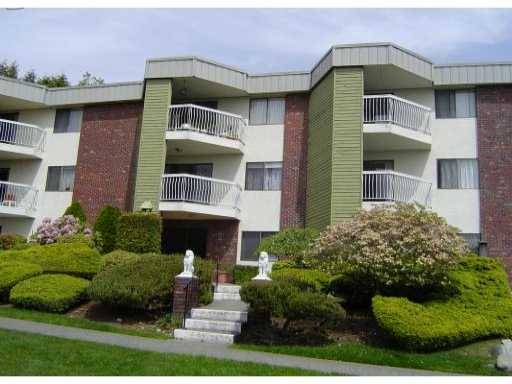 FEATURED LISTING: 301 - 327 9TH Street New Westminster