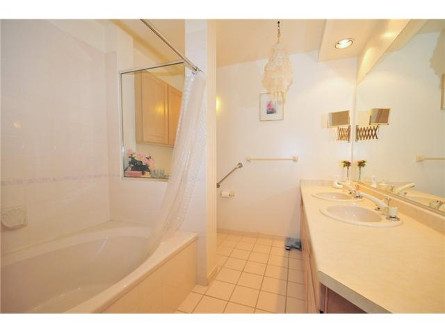 Photo 10: 116 2200 HIGHBURY Street in Vancouver: Point Grey Condo for sale (Vancouver West)  : MLS(r) # V834231