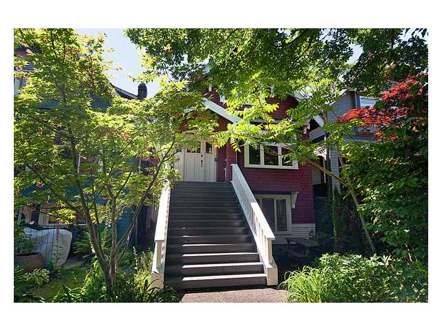 Main Photo: 2736 W 7TH Avenue in Vancouver: Kitsilano House for sale (Vancouver West)  : MLS(r) # V838563