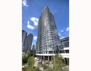 """Main Photo: 2202 928 BEATTY Street in Vancouver: Downtown VW Condo for sale in """"THE MAX"""" (Vancouver West)  : MLS(r) # V778385"""