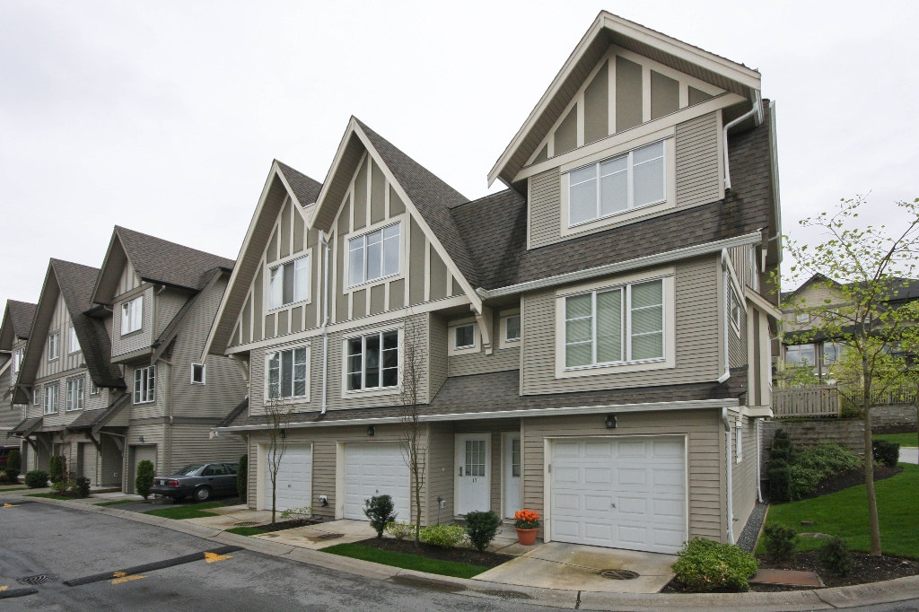 "Main Photo: 17 15175 62A Avenue in Surrey: Sullivan Station Townhouse for sale in ""Brooklands"" : MLS® # F1010898"