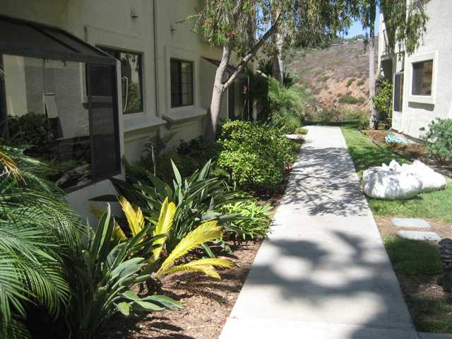 Photo 18: LA COSTA Condo for sale : 2 bedrooms : 3120 Vista Grande in Carlsbad
