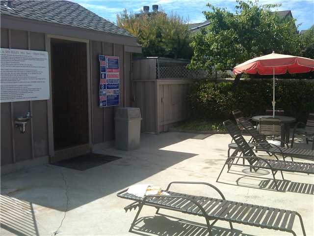 Photo 19: LA JOLLA Townhome for sale : 3 bedrooms : 3314 Caminito Vasto