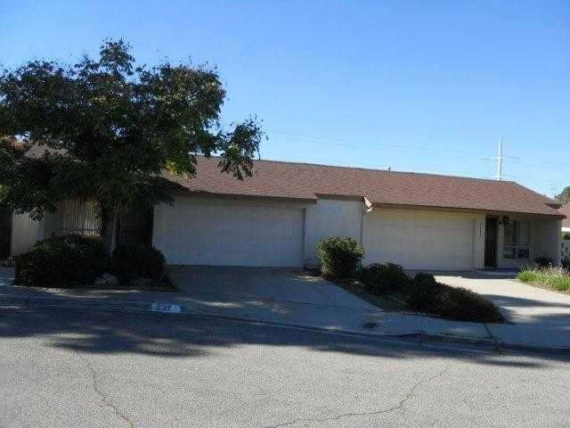 Main Photo: NORTH ESCONDIDO Condo for sale : 3 bedrooms : 2107 Pepper Tree in Escondido