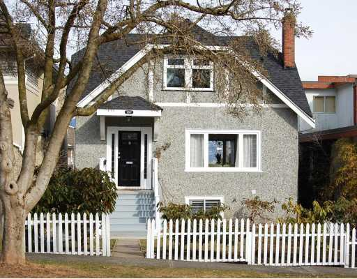 "Main Photo: 3267 W 21ST Avenue in Vancouver: Dunbar House for sale in ""DUNBAR"" (Vancouver West)  : MLS®# V758868"