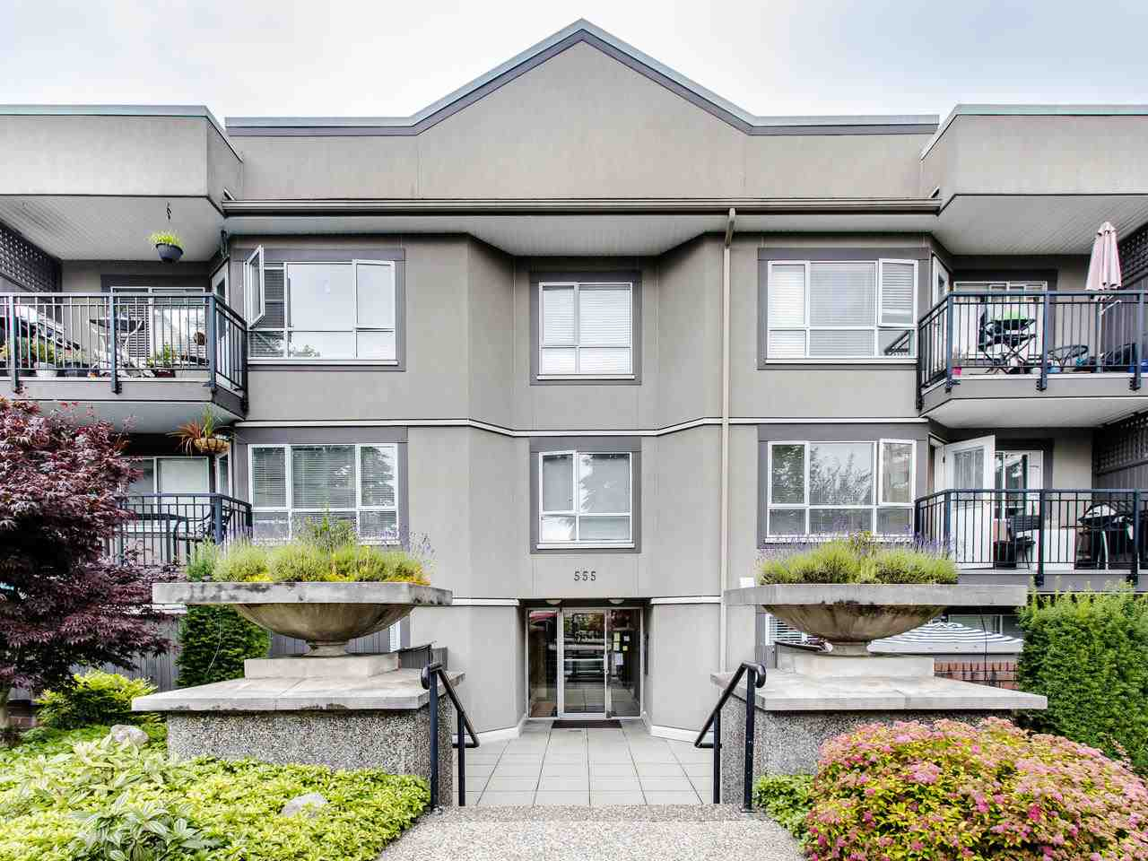 FEATURED LISTING: 215 - 555 14TH Avenue West Vancouver