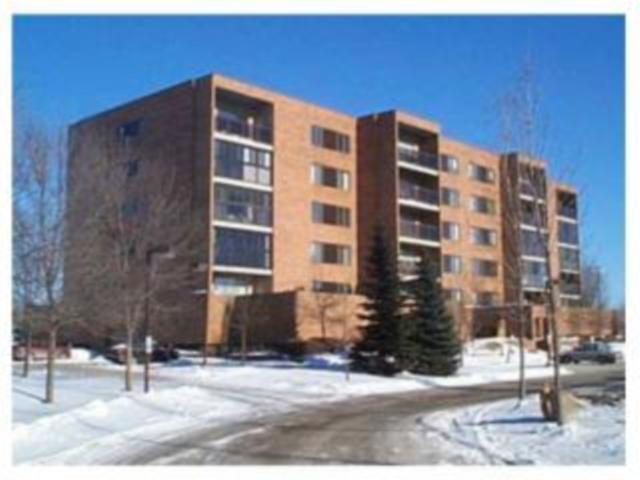 Main Photo: 85 Swindon Way in WINNIPEG: River Heights / Tuxedo / Linden Woods Condominium for sale (South Winnipeg)  : MLS® # 1001164