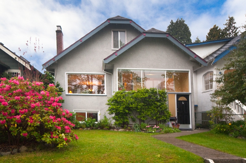 Main Photo: 3440 W 22ND Avenue in Vancouver: Dunbar House for sale (Vancouver West)  : MLS®# V826079