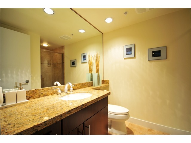 Photo 5: 106 1483 W 7TH Avenue in Vancouver: Fairview VW Townhouse  (Vancouver West)  : MLS(r) # V848899