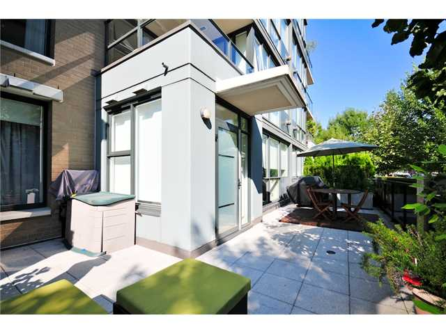 Main Photo: 106 1483 W 7TH Avenue in Vancouver: Fairview VW Townhouse  (Vancouver West)  : MLS(r) # V848899
