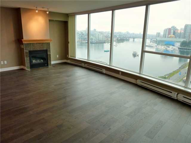 "Main Photo: 1206 120 MILROSS Avenue in Vancouver: Mount Pleasant VE Condo for sale in ""BRIGHTON"" (Vancouver East)  : MLS(r) # V858611"