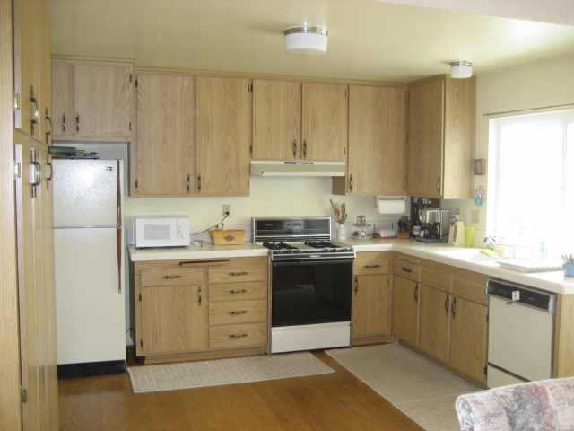 Photo 4: MIRA MESA Residential for sale : 4 bedrooms : 9056 CADE TER in San Diego