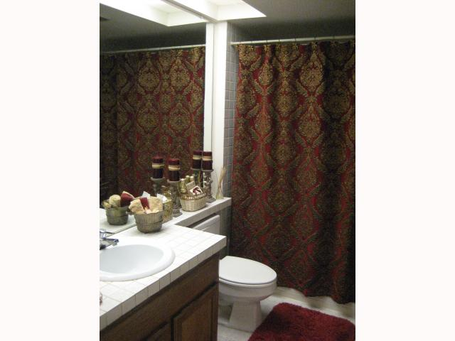 Photo 6: RANCHO BERNARDO Townhome for sale : 2 bedrooms : 17455 Ashburton in San Diego