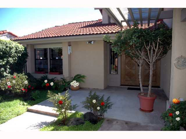 Main Photo: LA JOLLA Home for sale or rent : 2 bedrooms : 2259 Via Tabara