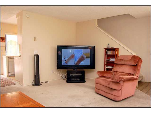 Photo 11: CLAIREMONT Townhome for sale : 2 bedrooms : 2747 Ariane #180 in San Diego