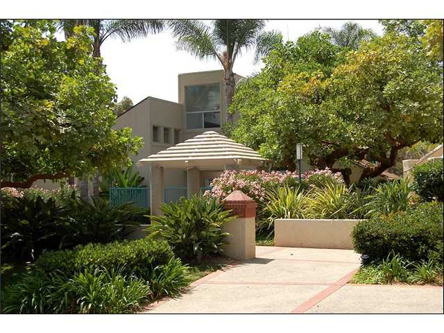 Photo 2: CLAIREMONT Townhome for sale : 2 bedrooms : 2747 Ariane #180 in San Diego